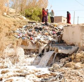 L'usine rejette ses eaux usées en pleine nature, dans l'oued Andlou
