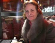 « On a lutté contre Ben Ali, on continuera sous Ennahda », affirme Faïza Skandrani, présidente d'une association féministe (photo CFJ / M. M.)